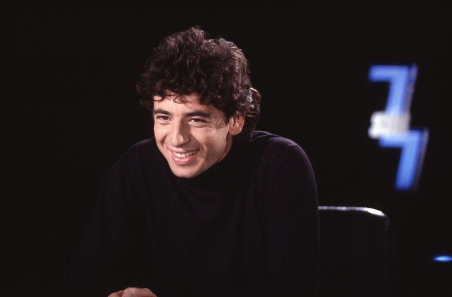 Patrick Bruel dans l'émission «7 sur 7» en 1991
