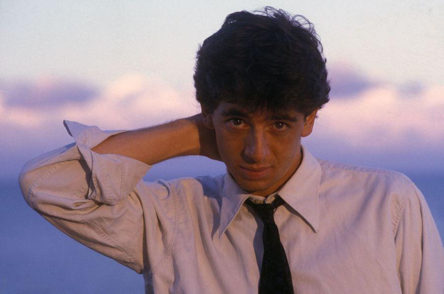 Patrick Bruel sur le tournage du film «Champagne amer» en 1986. Le film est sorti en 1994.
