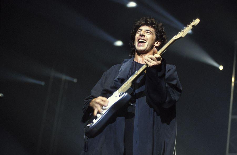 Patrick Bruel en concert au Zénith de Paris en octobre 1990