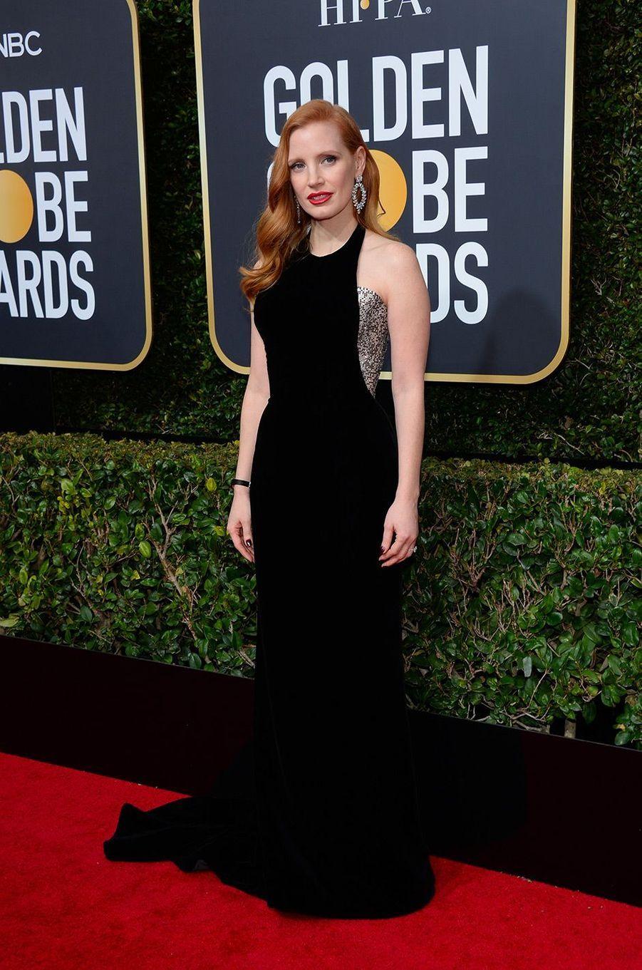 Jessica Chastain dans une robe Armani aux Golden Globes 2018
