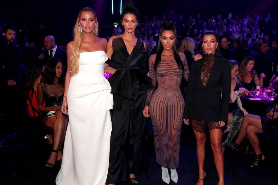 Kendall Jenner, Khloé Kardashian, Kim Kardashian et Kourtney Kardashian aux People's Choice Awards 2018