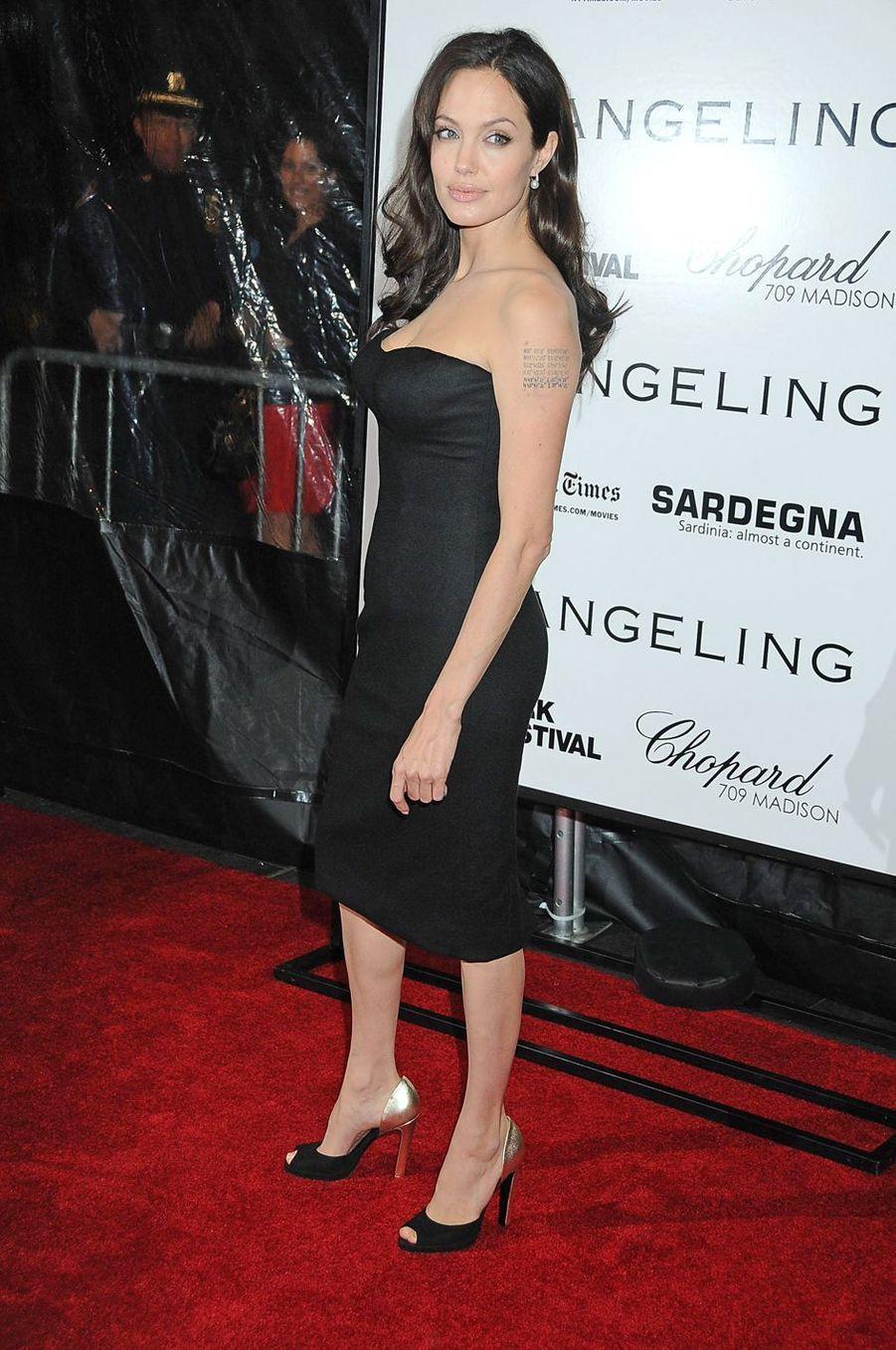 """Angelina Jolie lors de l'avant-première de """"The Changeling"""" à New York, le 4 octobre 2008"""
