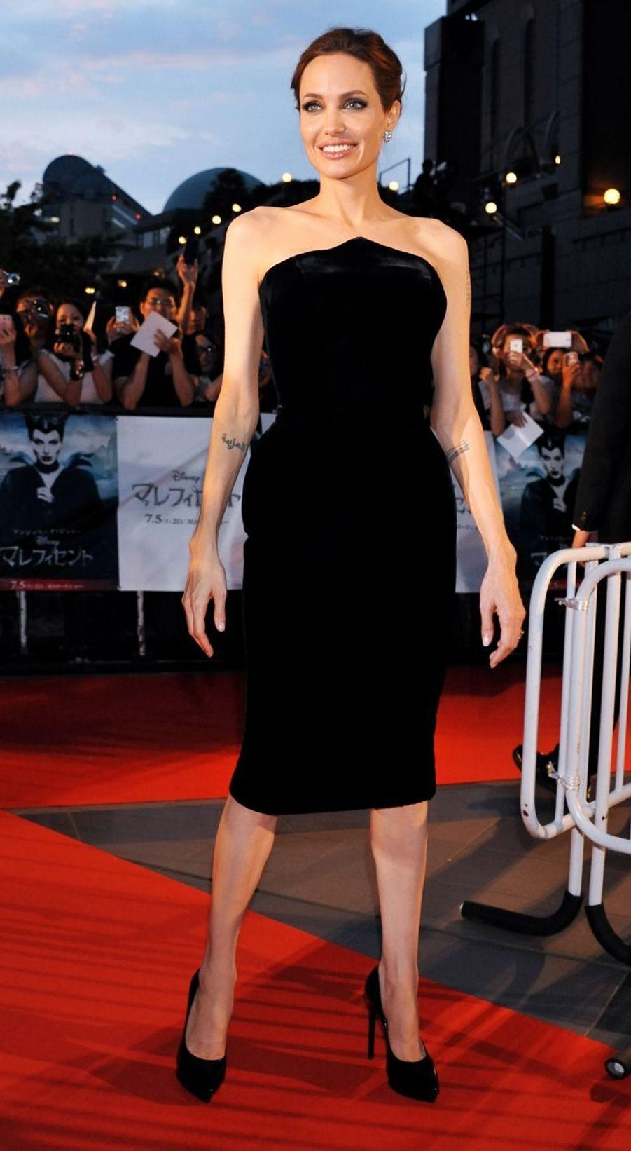 """Angelina Jolie lors de l'avant-première de """"Maléfique"""" à Tokyo, le 23 juin 2014"""