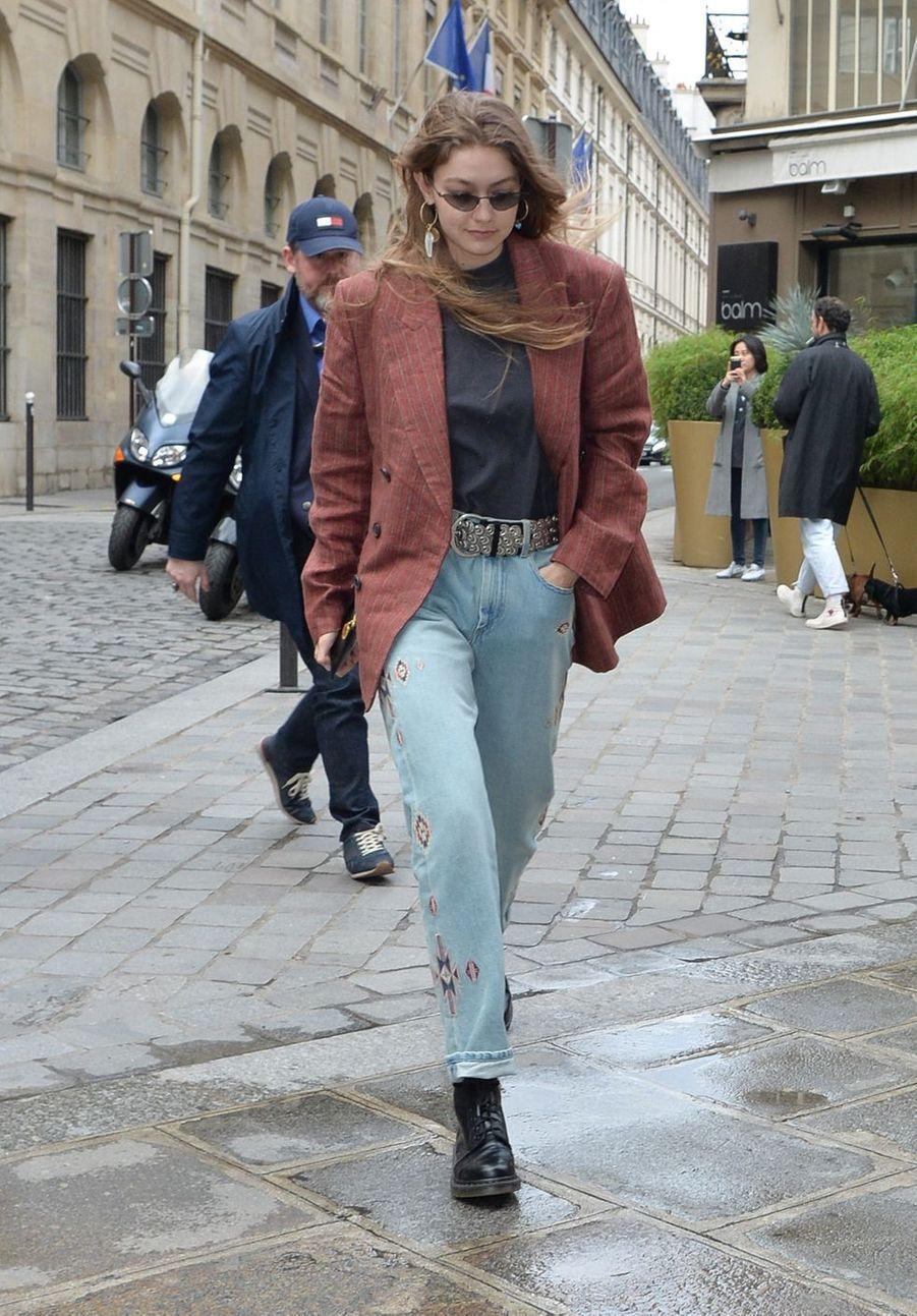 Gigi Hadid à Paris, le 2 mars 2019