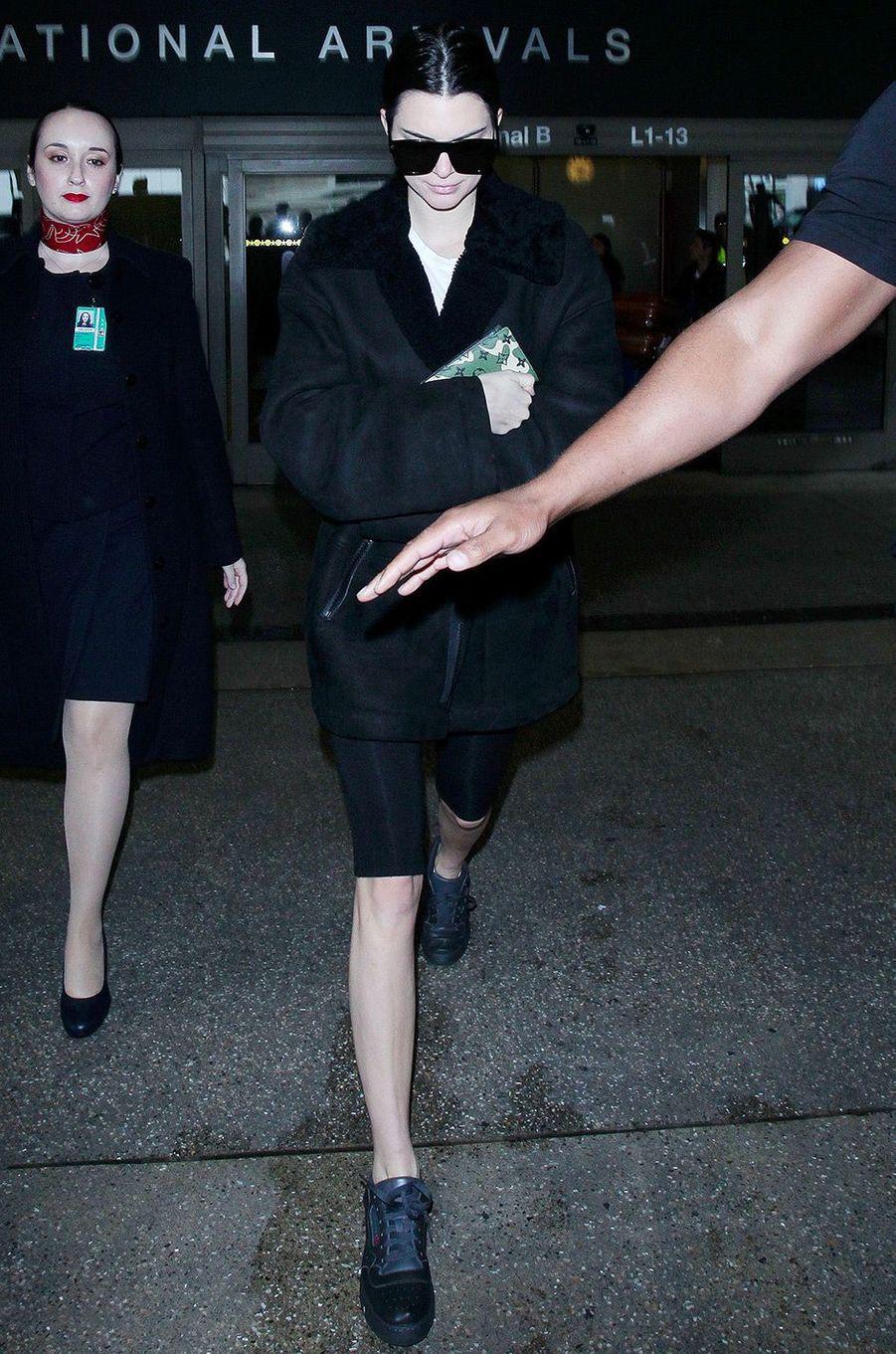 Kendall Jenner à l'aéroport de Los Angeles, le 21 mars 2018