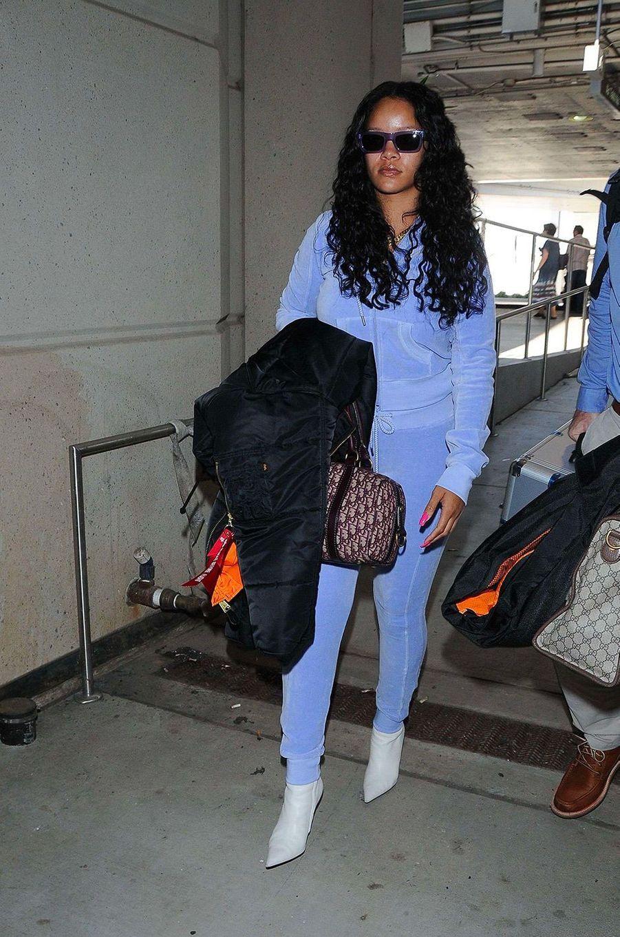 Rihanna à l'aéroport de Los Angeles, le 24 juin 2017