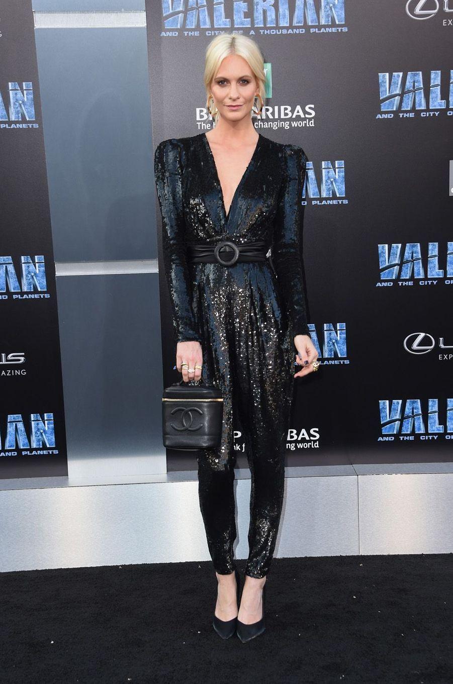 Poppy Delevingneà l'avant-première de Valérian et la Cité des mille planètes, le 17 juillet 2017 à Los Angeles.