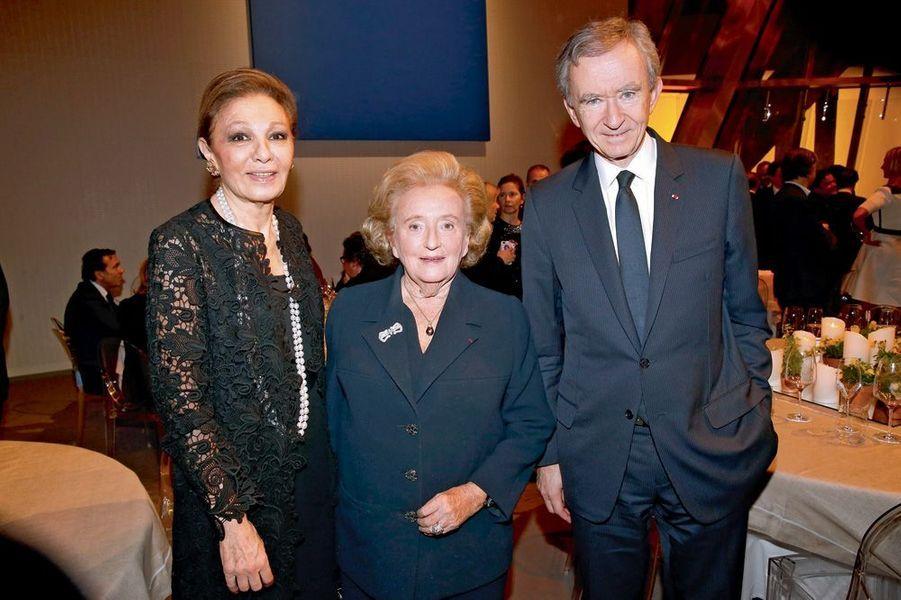 Sa Majesté Farah Pahlavi, Bernadette Chirac, Bernard Arnault.