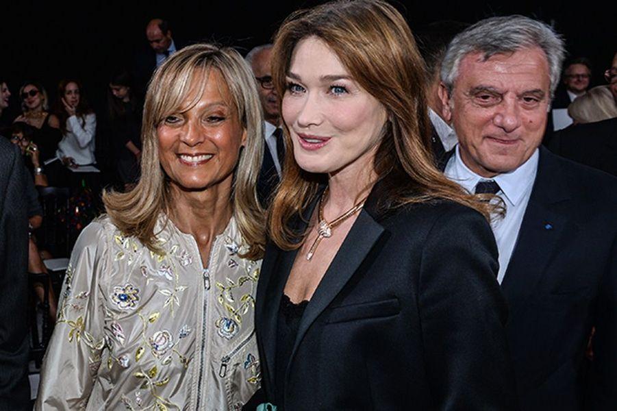Carla Bruni, Hélène Arnault, Sidney Toledano au défilé Christian Dior, le 26 septembre 2014, à Paris
