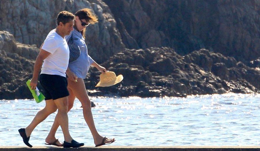Carla Et Nicolas Sarkozy En Vacances Au Fort De Bregancon