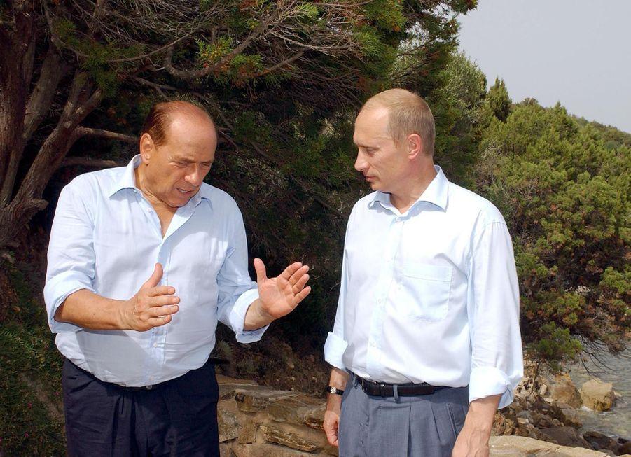 A la villa Certosa, demeure de Berlusconi en Sardaigne (août 2003)