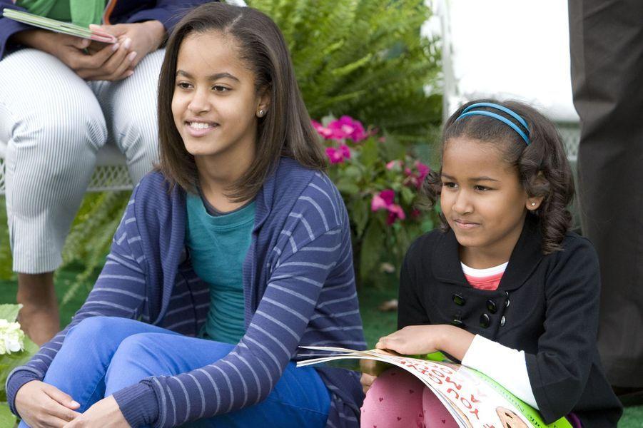 Malia et Sasha Obama, en avril 2009.