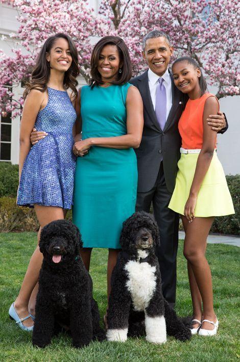 Michelle et Barack Obama avec leurs filles Malia et Sasha, en avril 2015.