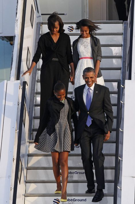 Michelle et Barack Obama avec leurs filles Malia et Sasha, en juin 2013.