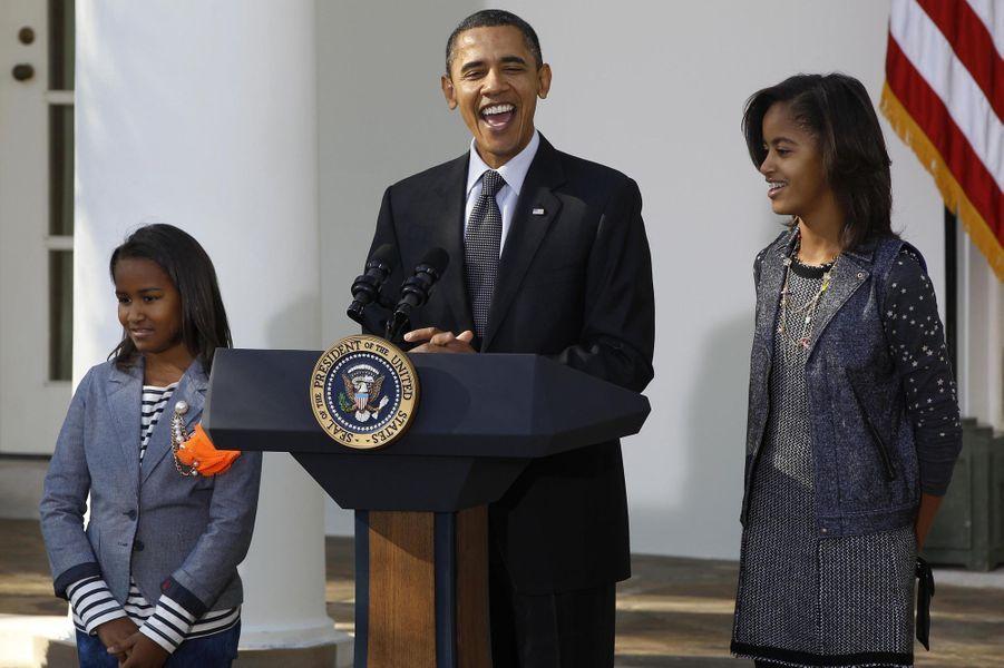 Barack Obama avec ses filles Malia et Sasha, en novembre 2010.