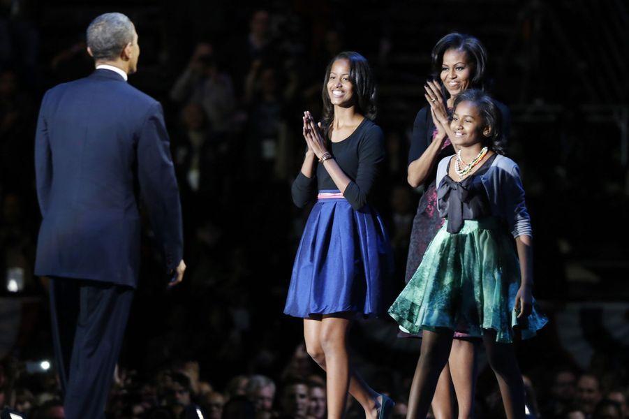 Barack Obama avec ses filles Malia et Sasha, en novembre 2012.