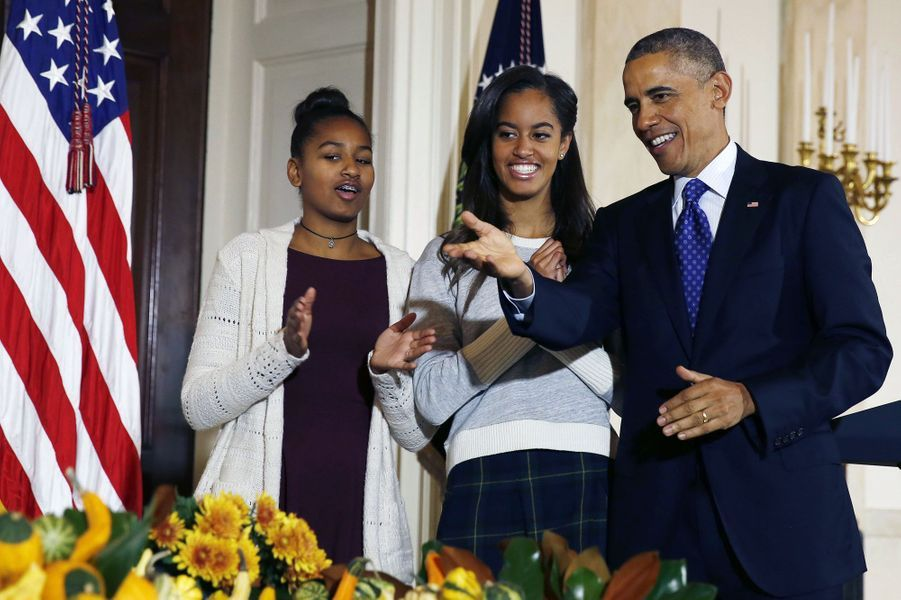 Barack Obama avec ses filles Malia et Sasha, en novembre 2014.