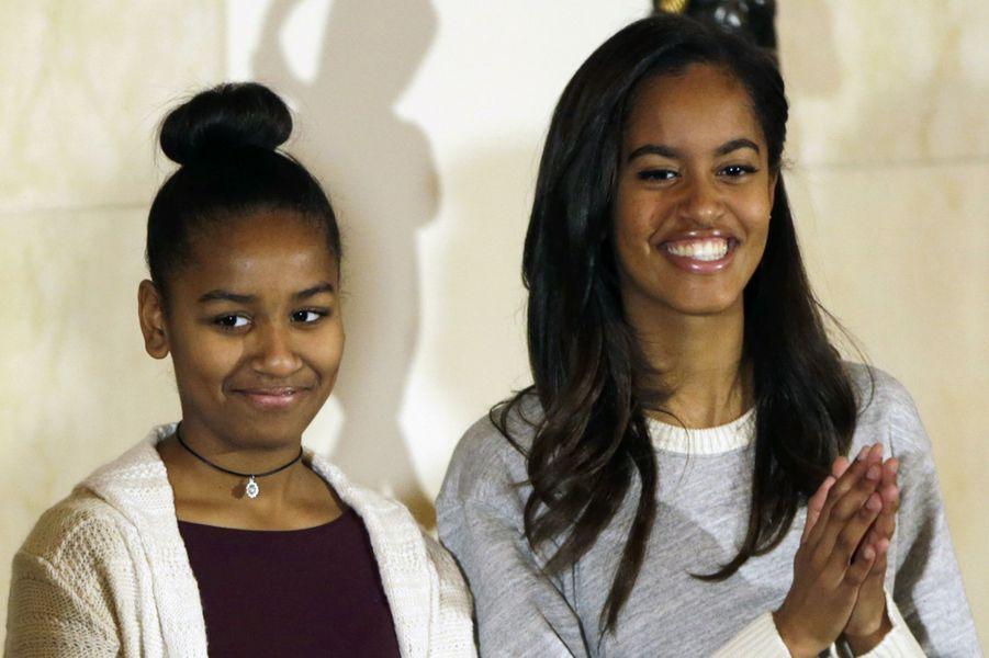Sasha et Malia Obama, en novembre 2014.