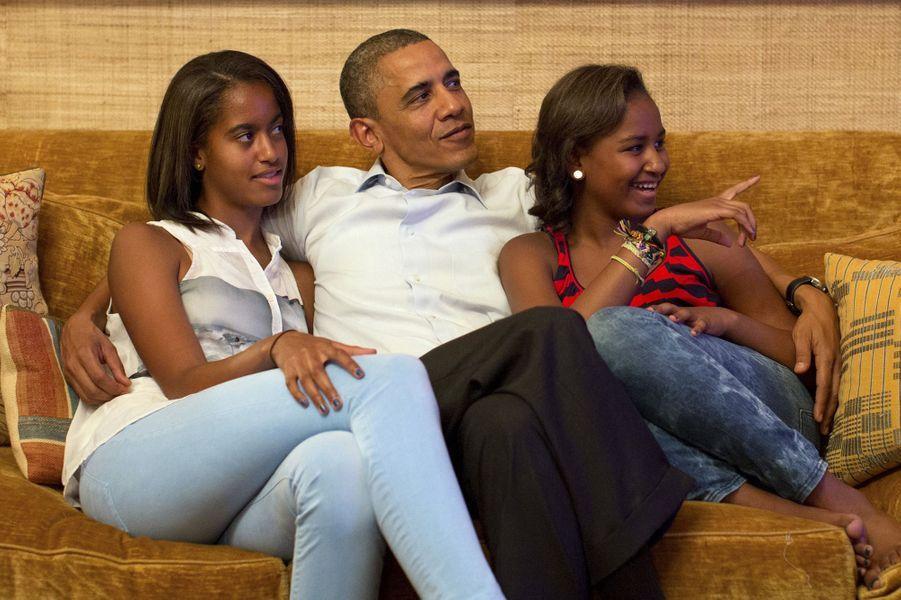 Barack Obama avec ses filles Malia et Sasha, en septembre 2012.