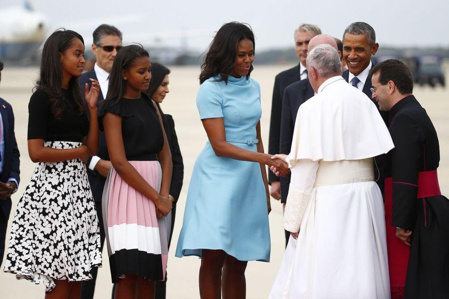 Michelle et Barack Obama avec leurs filles Malia et Sasha, en septembre 2015.