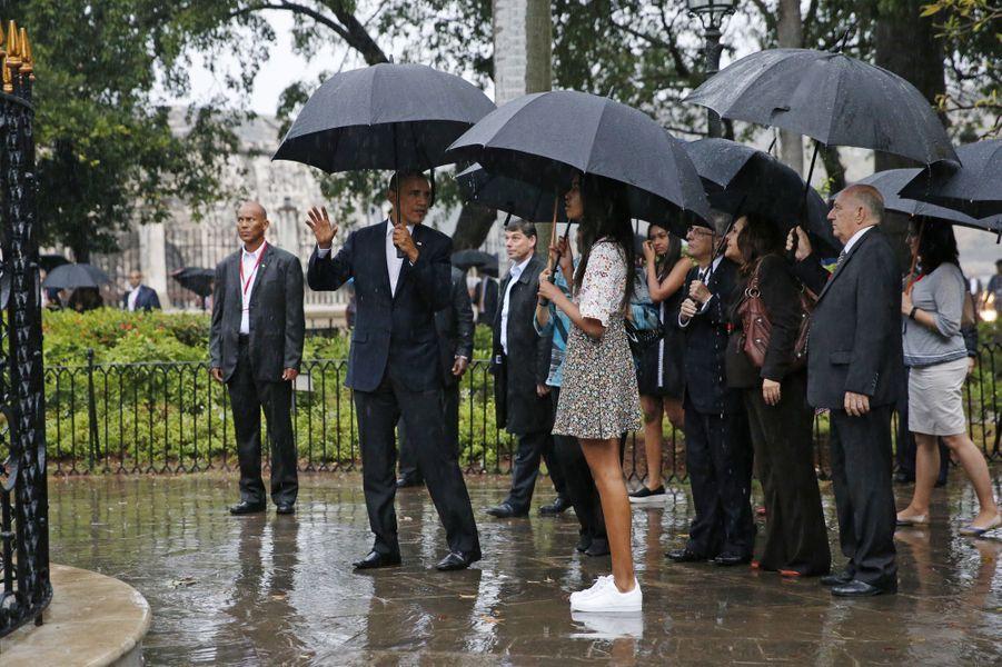 Michelle et Barack Obama avec leurs filles Malia et Sasha, en mars 2016.