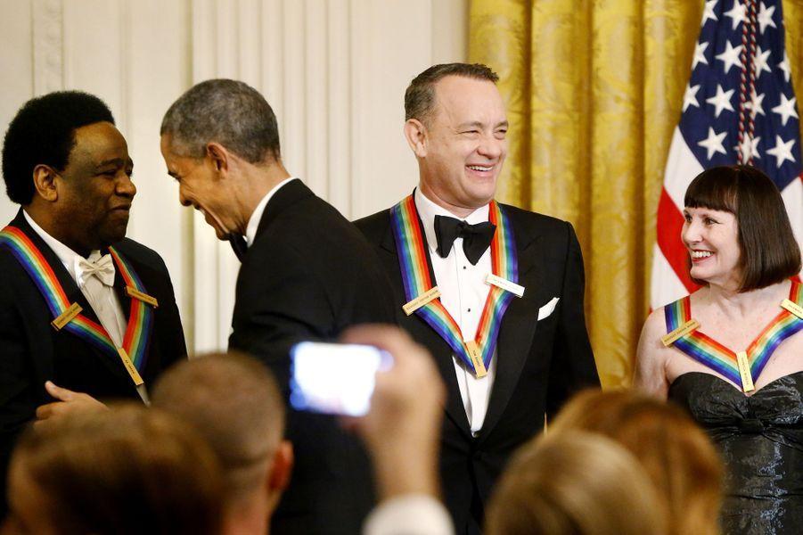 Barack Obama félicite les lauréats des Honneurs du Kennedy Center à la Maison blanche à Washington, le 7 décembre 2014