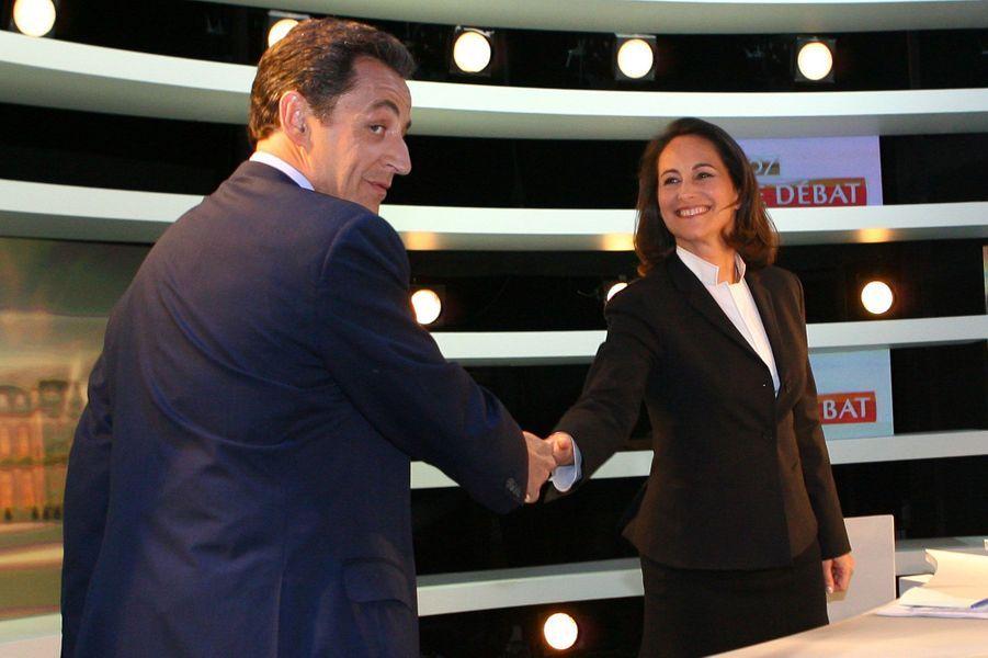 Point d'orgue d'une campagne tendue, le 2 mai 2007, Nicolas Sarkozy débat avec Ségolène Royal entre les deux tours de l'élection présidentielle.