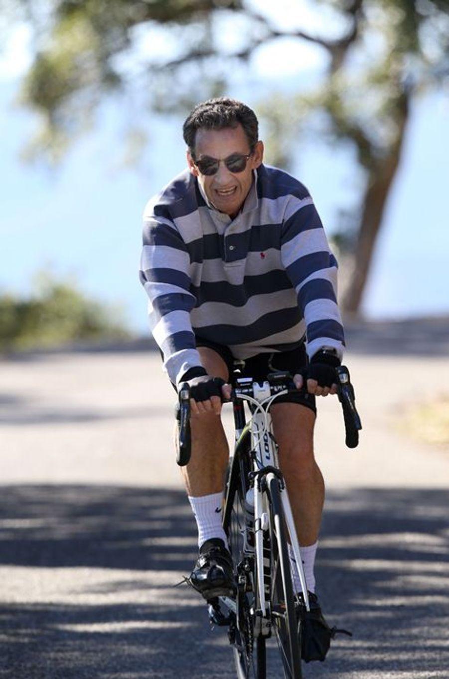Nicolas Sarkozy fait du vélo au Cap Nègre, les 17 et 18 octobre 2015