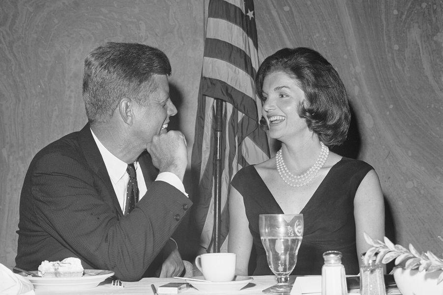John et Jackie Kennedy en 1960