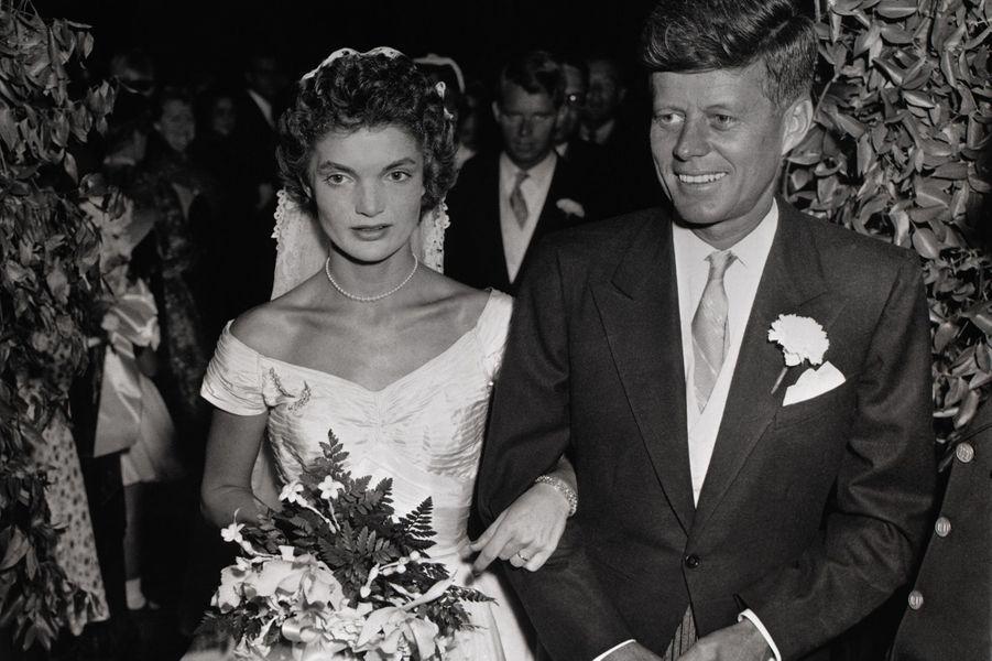 """John et Jackie Kennedy se disent """"oui"""", le 12 septembre 1953"""