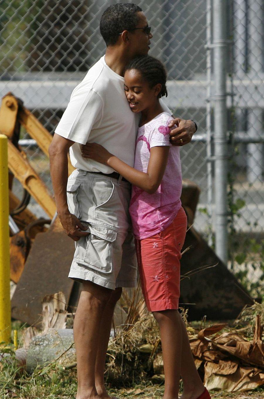 Barack Obama et sa fille Malia, en décembre 2008.