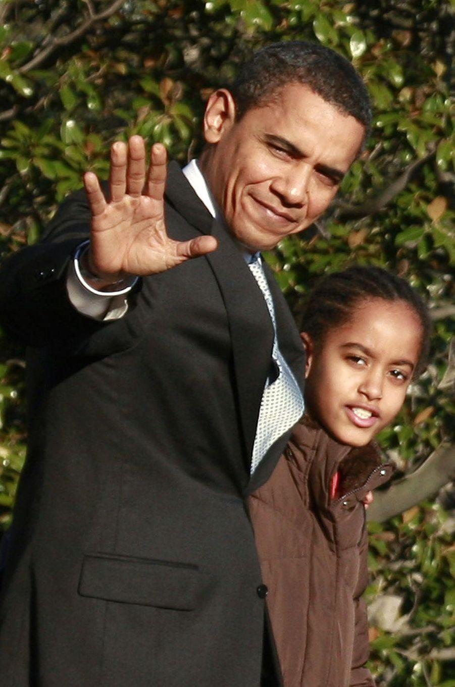 Barack Obama et sa fille Malia, en février 2009.