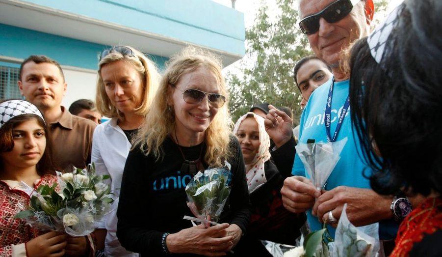 Ambassadrice de bonne volonté, l'actrice Mia Farrow était en visite en Palestine pour recueillir le témoignage d'infirmières et de patientes d'un hôpital à Rafah, dans la bande de Gaza.