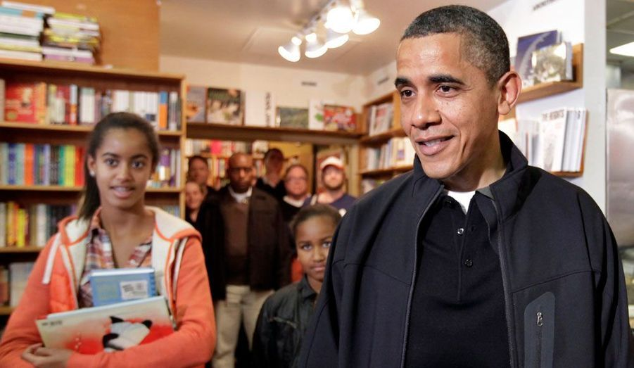 A la librairie avec ses filles