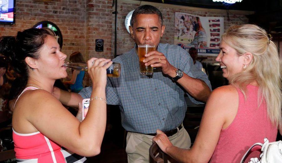 Dans un pub d'Ohio, le 5 juillet 2012.