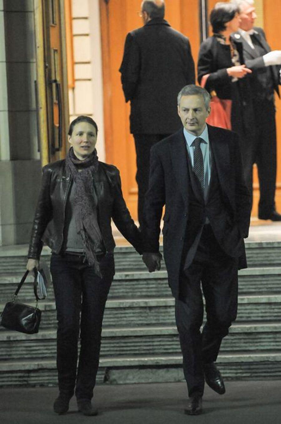 Bruno Lemaire et sa femme à la messe à la mémoire de l'ancien sénateur Xavier de Villepin à Paris, le 12 novembre 2014