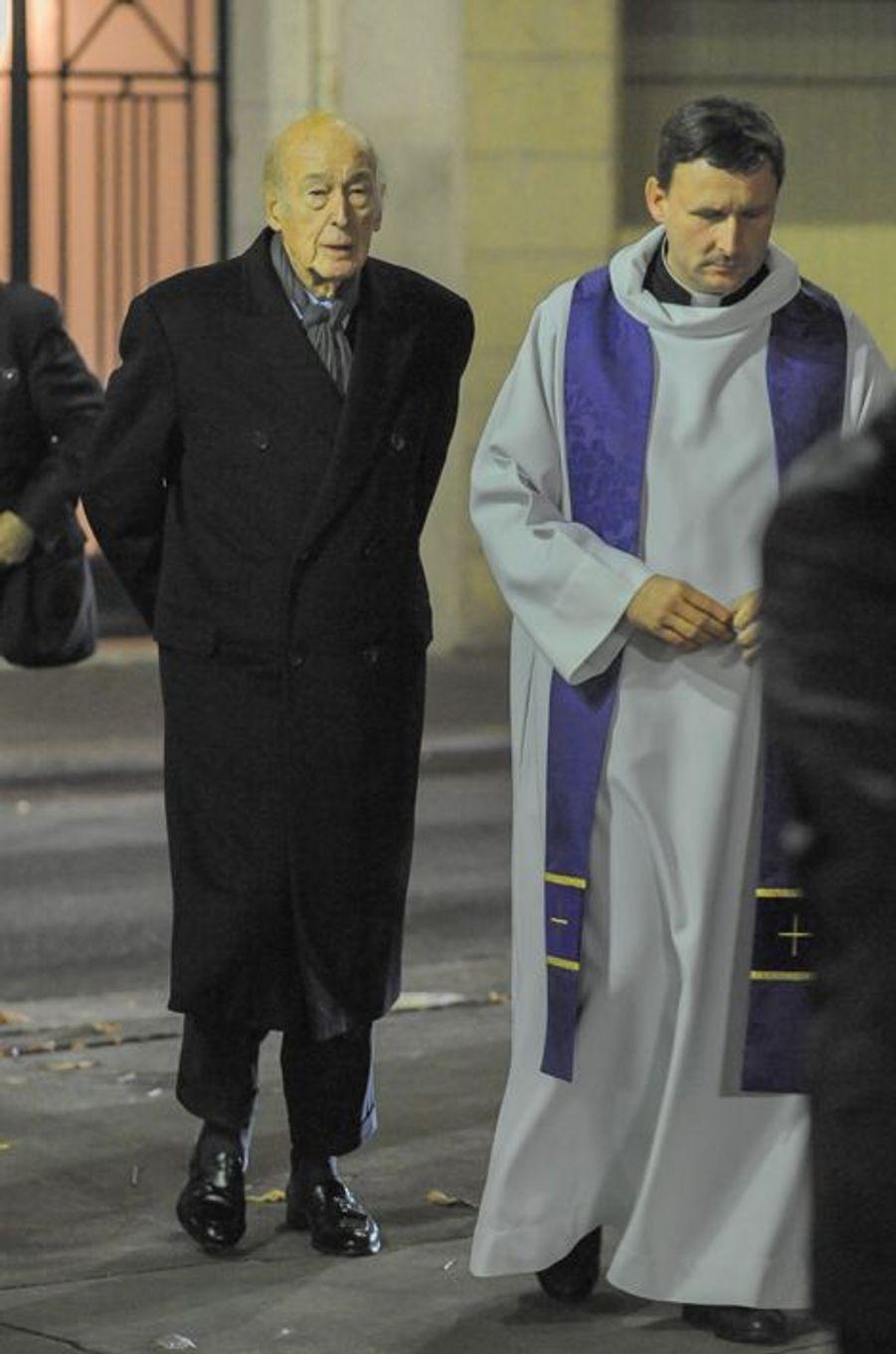 Valéry Giscard d'Estaing à la messe à la mémoire de l'ancien sénateur Xavier de Villepin à Paris, le 12 novembre 2014