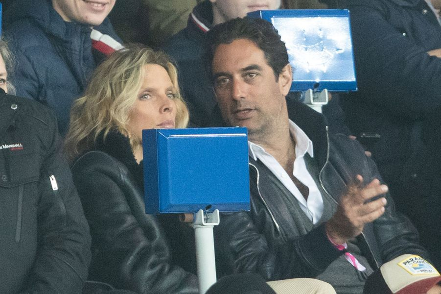 Sylvie Tellier et son mari Laurentdans les tribunes du match opposant le PSG à Bordeaux, au Parc des Princes de Paris, le 23 février 2020. Le PSG a gagné 4-3.