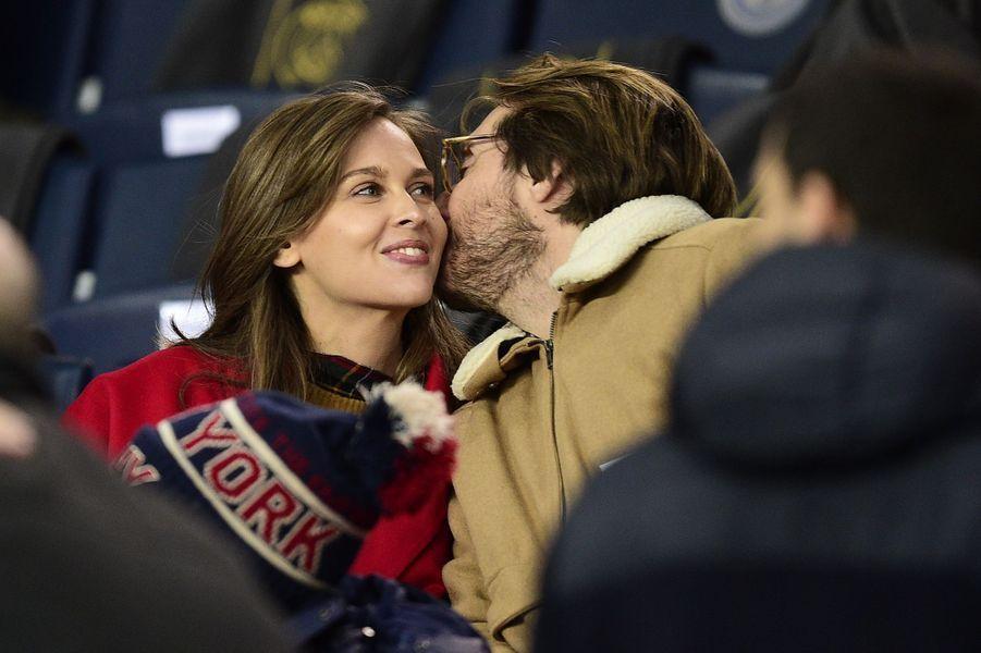 Ophélie Meunier et Mathieu Vergneau Parc des Princes lors du match PSG-Lille le 22 novembre 2019