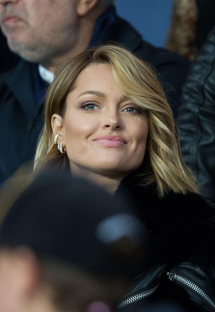 Caroline Receveur lors du match PSG-OM au Parc des Princes le 27 octobre 2019