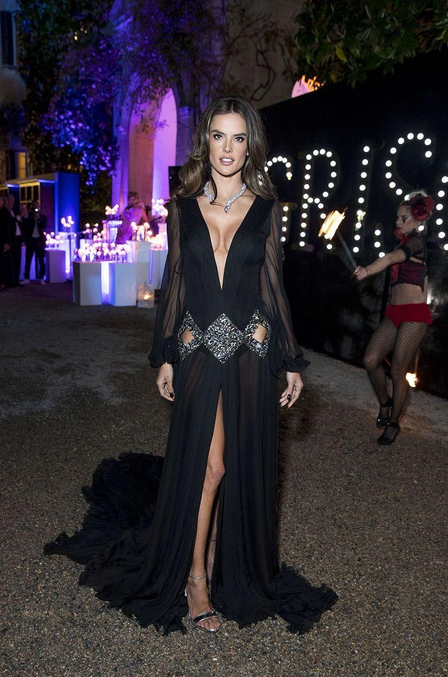 Alessandra Ambrosio à la soirée De Grisogono au Cap d'Antibes, le 15 mai 2018.