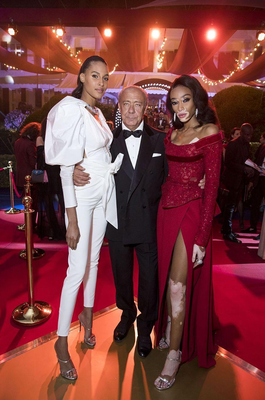 Cindy Bruna, Winnie Harlow et Fawaz Gruosi à la soirée De Grisogono au Cap d'Antibes, le 15 mai 2018.