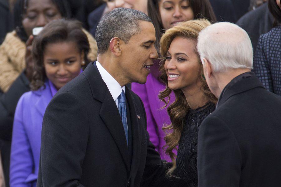 Beyoncé (entre Barack Obama et Joe Biden) lors de la seconde investiture de Barack Obama à Washington le 21 janvier 2013