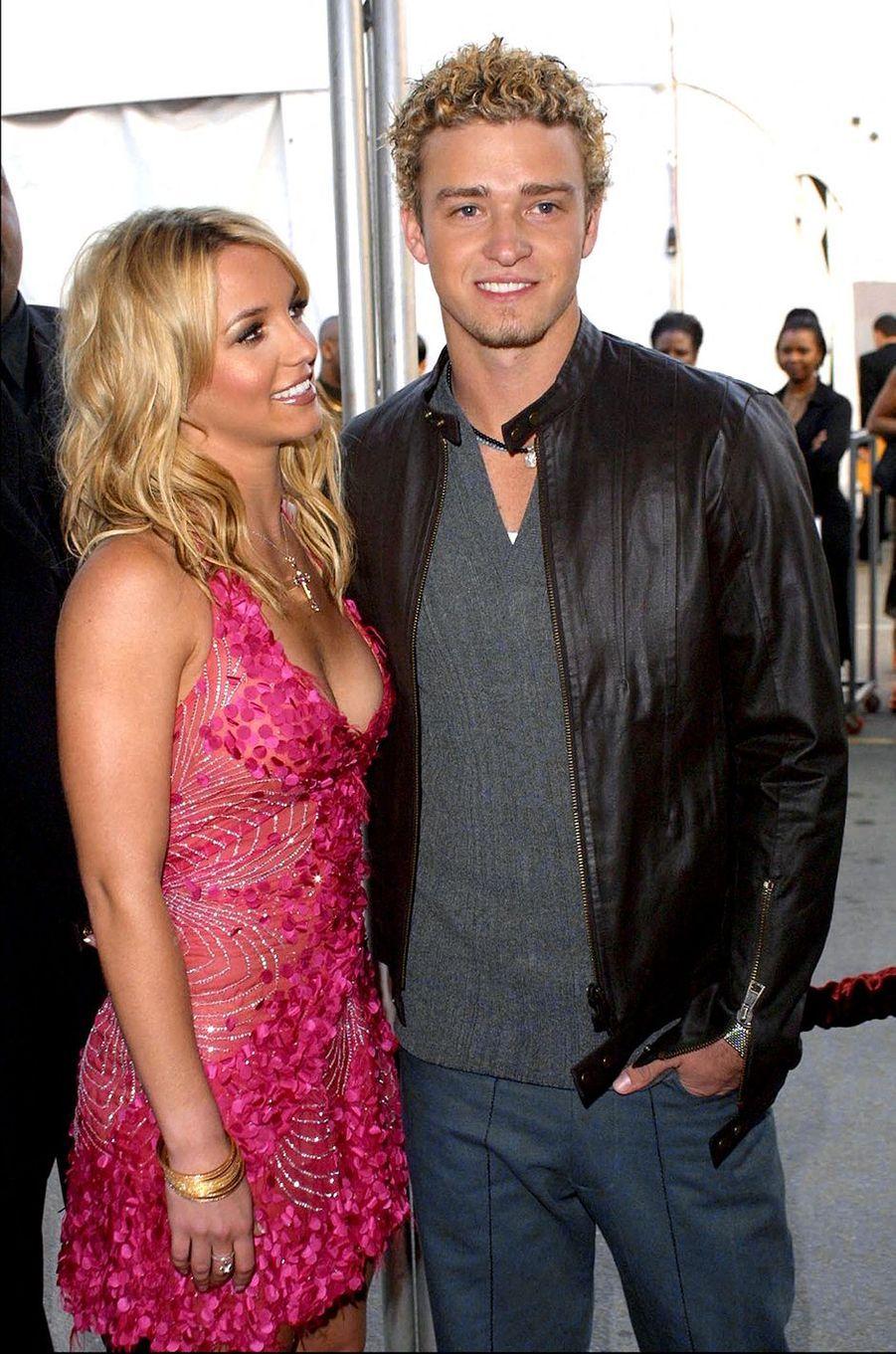 Britney Spears et Justin Timberlake à Los Angeles lors des American Music Awards en janvier 2002
