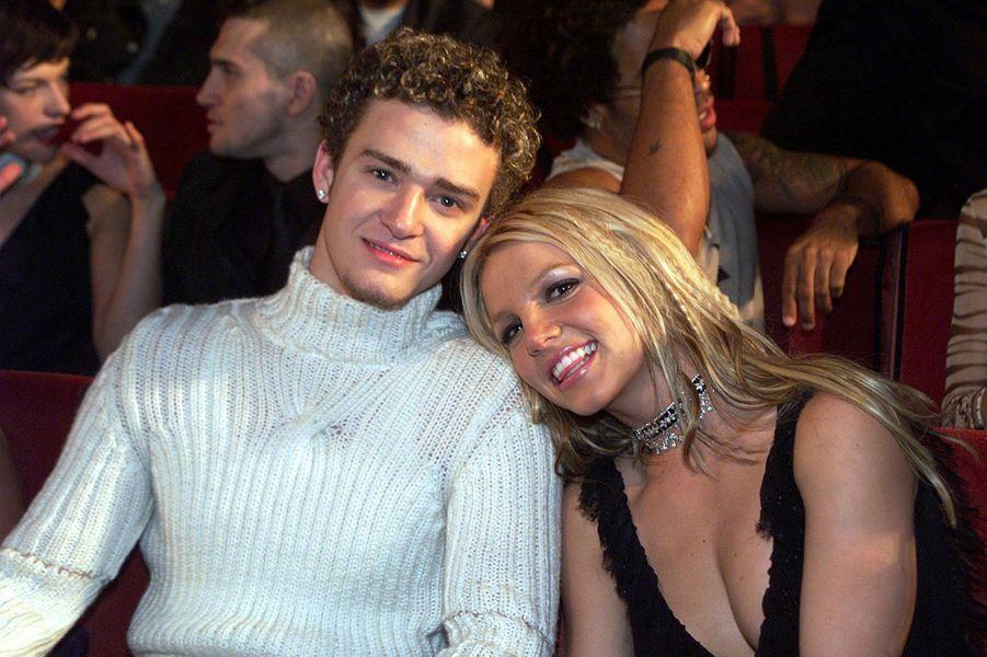 Britney Spears et Justin Timberlake à New York lors des MTV Video Music Awards en septembre 2000