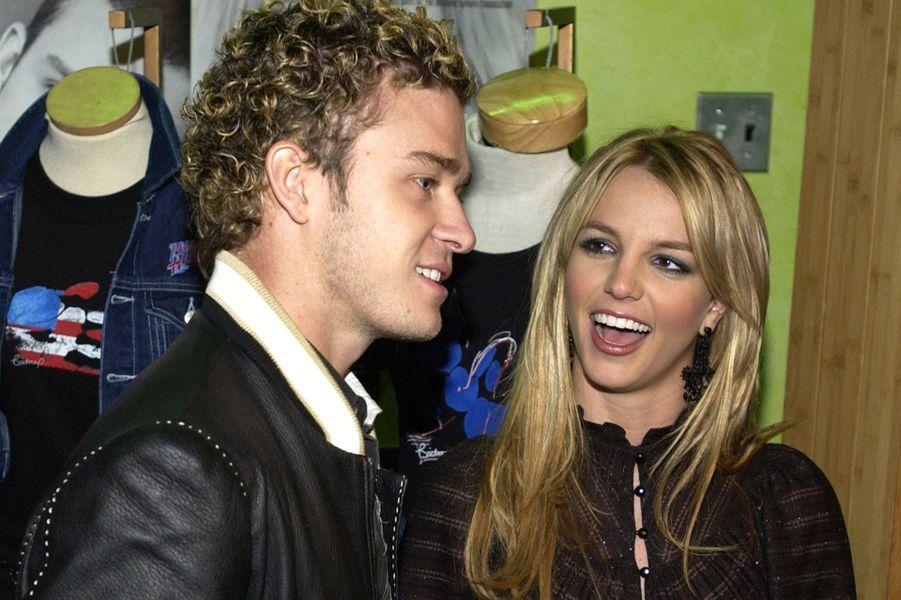 Britney Spears et Justin Timberlake en février 2002