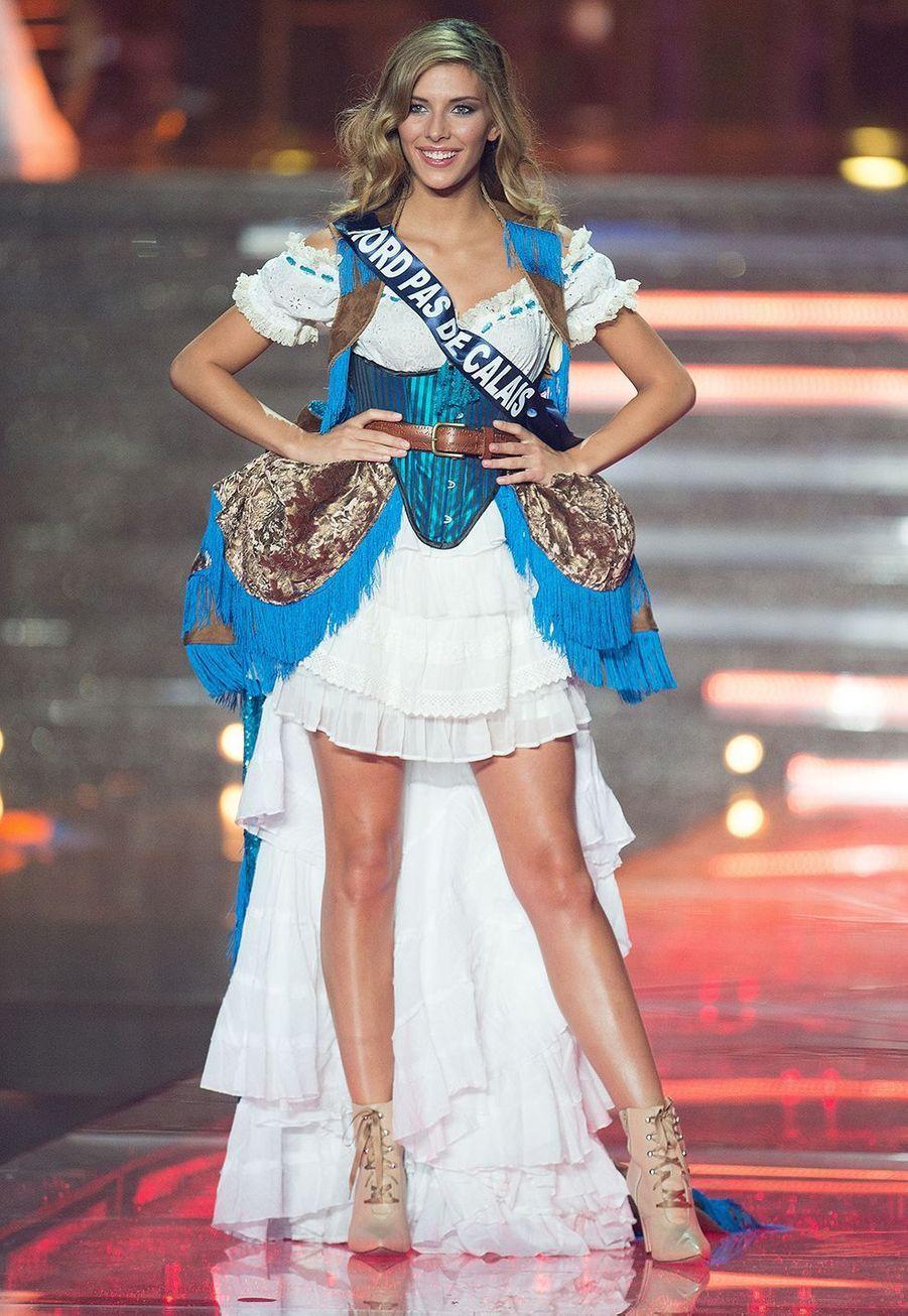 Camille Cerf lors de l'élection de Miss France 2015 à Orléans le 6 décembre 2014