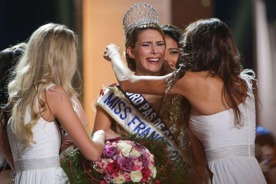 Camille Cerf est sacrée Miss France 2015 à Orléans le 6 décembre 2014