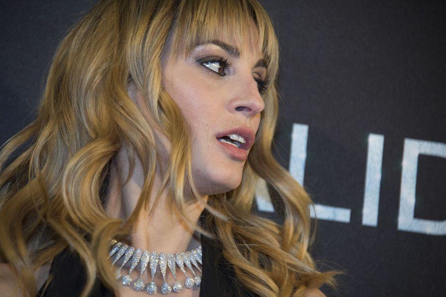 Sveva Alviti est Dalida, à l'Olympia le 30 novembre 2016.