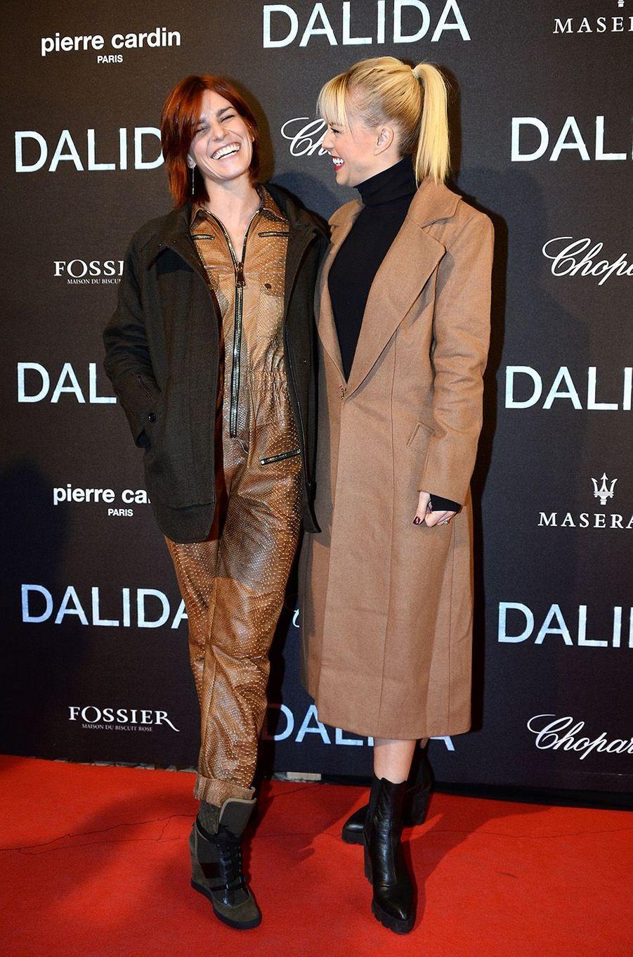 Fauve Hautot et Katrina Patchettà l'Olympia, le 30 novembre 2016.